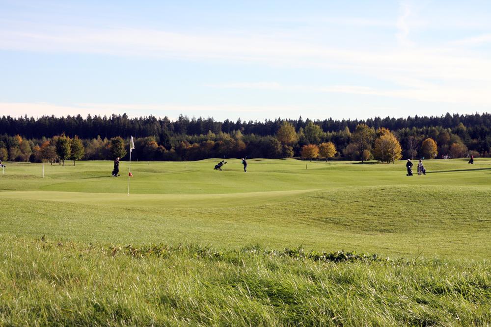 Auch auf der Golfrange Brunnthal wurde eine ganze Reihe der beliebten Turnier-Serie ausgetragen. Foto: Horst Huber