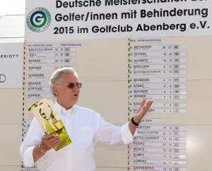 In der Manier eines allseits respektierten und beliebten Patrons hat Elmar Vedovelli für den DGV den Behinderten-Golfsport in Deutschland 16 Jahre geprägt. Foto: Wirtz