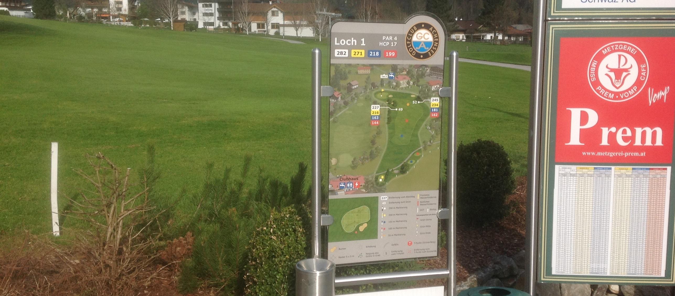 Abschlag 1 im Golfclub Achensee. Fotos:  Bernhard Obst