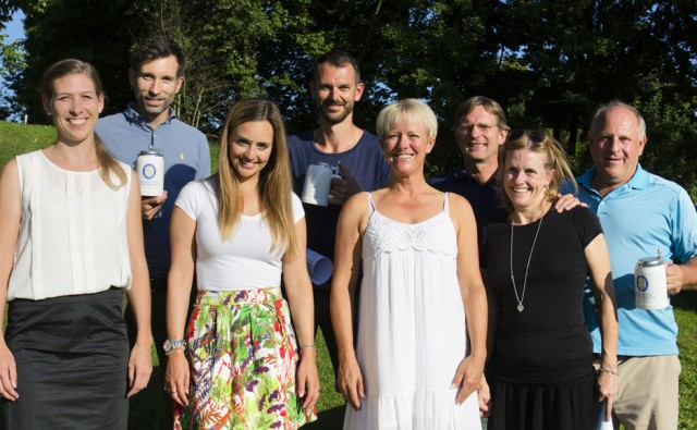 Siegerehrung (von links): Gabriele Zuber, Timo Schlitz, Patricia Heinlein, Jochen Münch, Sabine Hemmers, Ralf Scheuerer, Dagmar Kraus und Sepp Beck. Foto: Sepp Beck