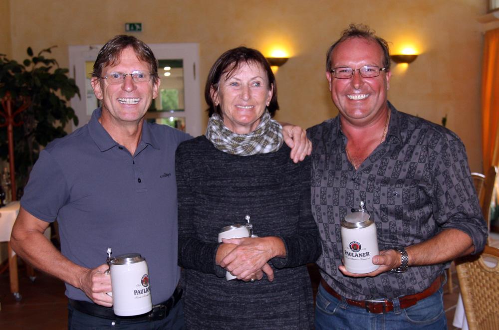 Die Clubmeister 2016 - von links) Ralf Scheuerer, Sibylle Seidl-Cesare und Gerdl Wolf. Foto: Horst Huber